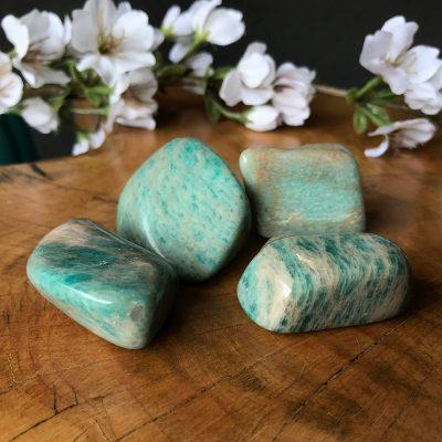 amazonita piedra energía piamaria nicole pogorelow